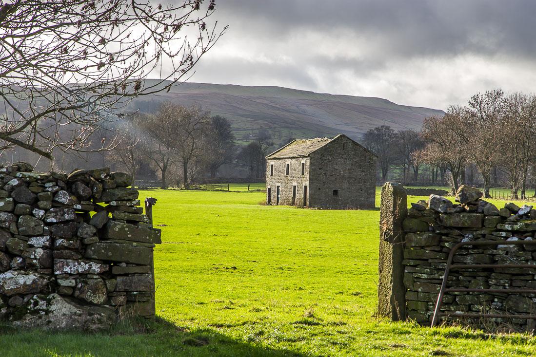 Barn near Aysgarth