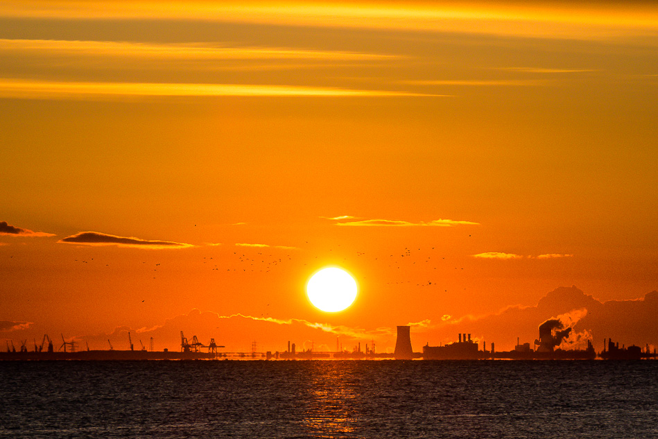 Dawn over Hull