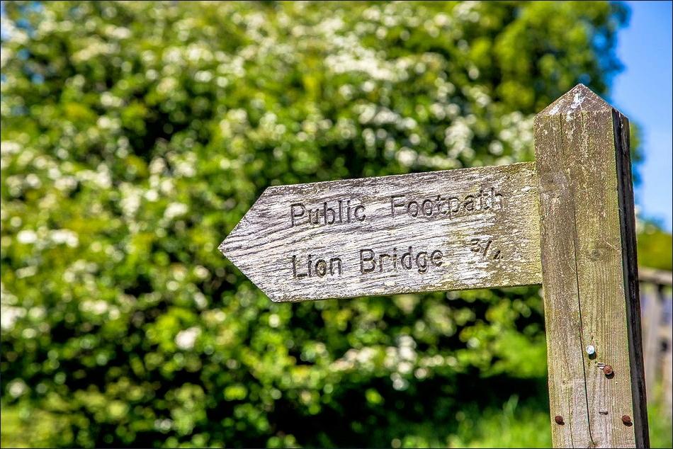 Sign to Lion Bridge, Alnwick