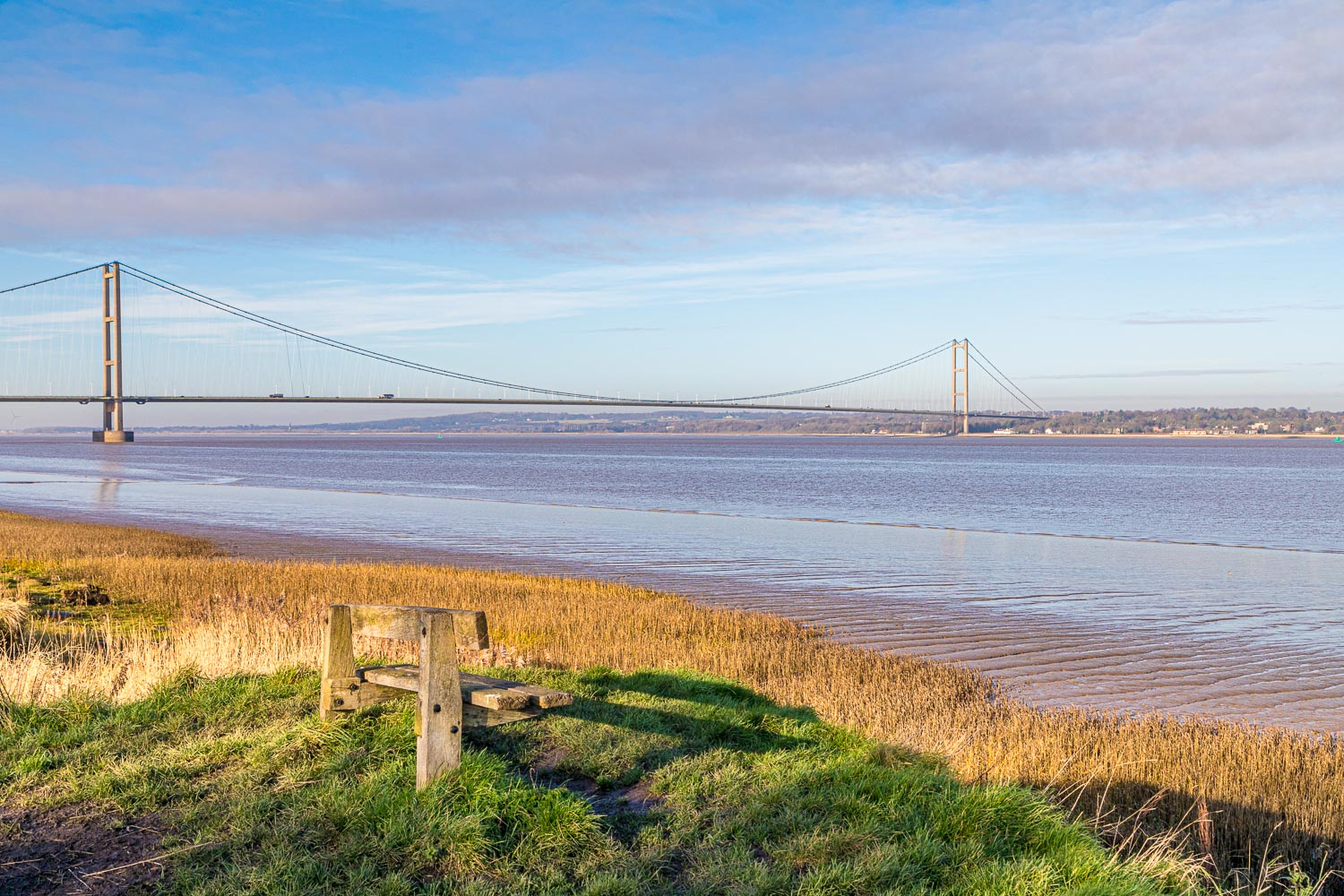Barton Waterside walk, Humber Bridge