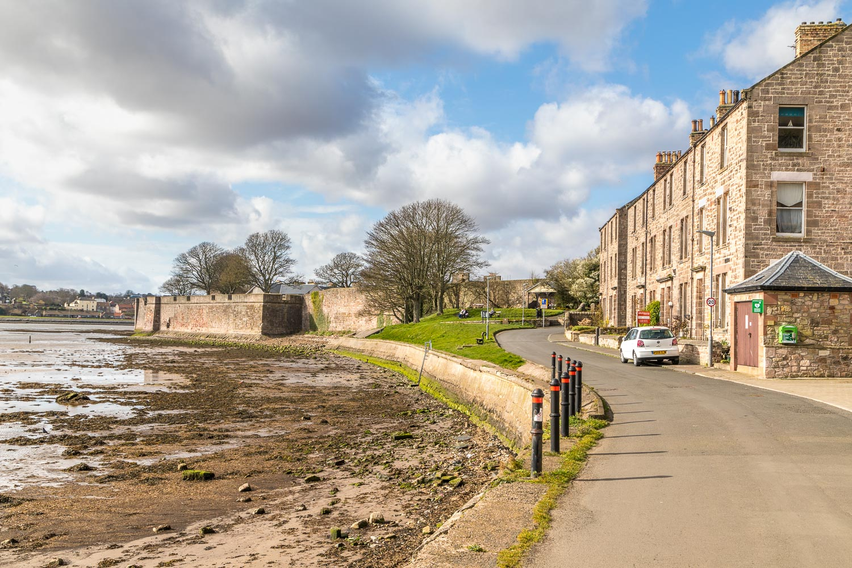 Berwick-upon-Tweed, quay walls