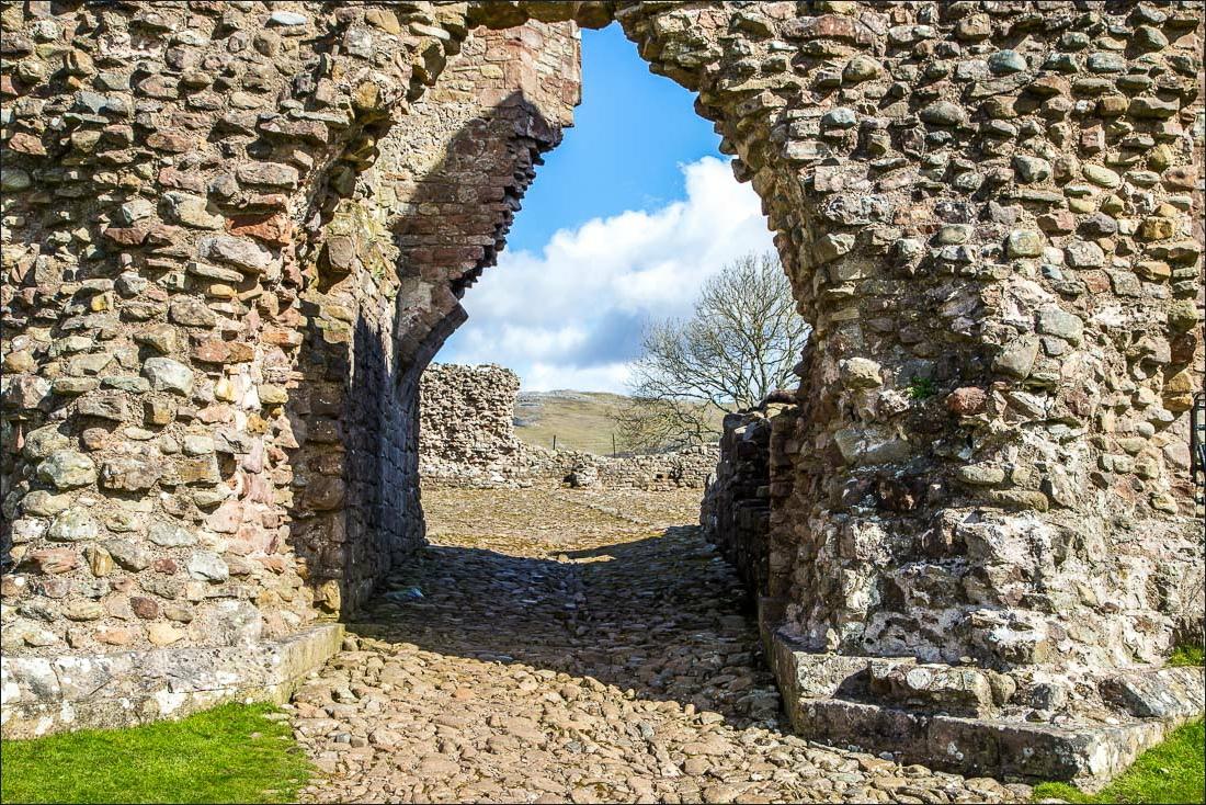 Brough Castle-10