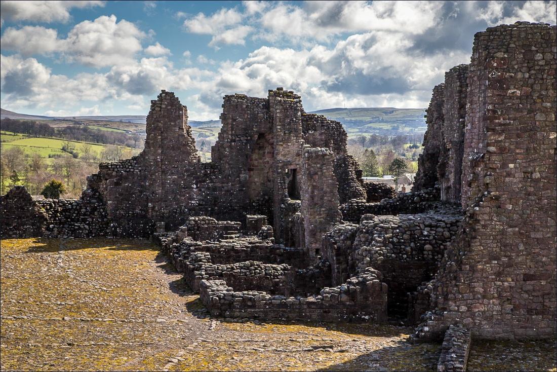 Brough Castle-12