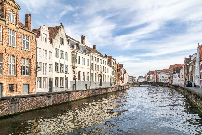 Bruges canal, Spinolarei
