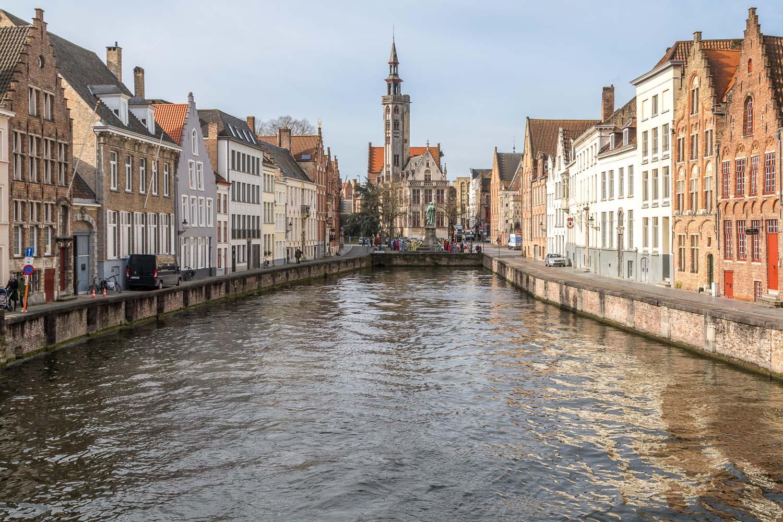Bruge canal, Plaza of Jan van Eyckplein