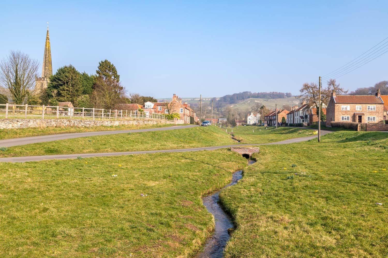 Chalkland Way, Bishop Wilton Beck