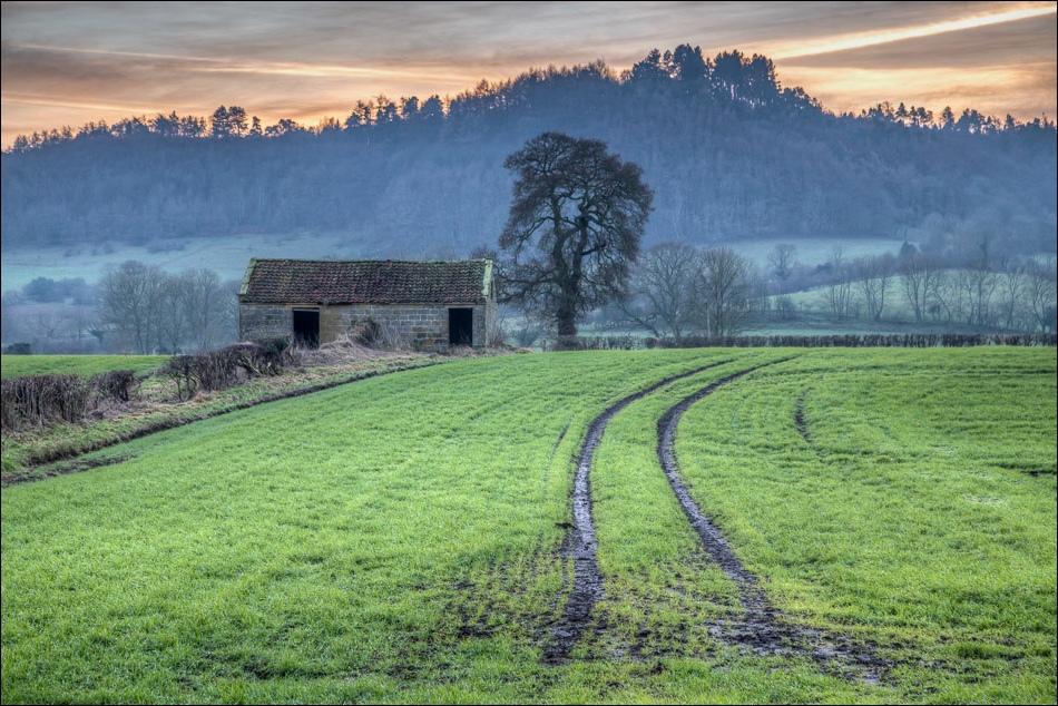 old barn Hackness