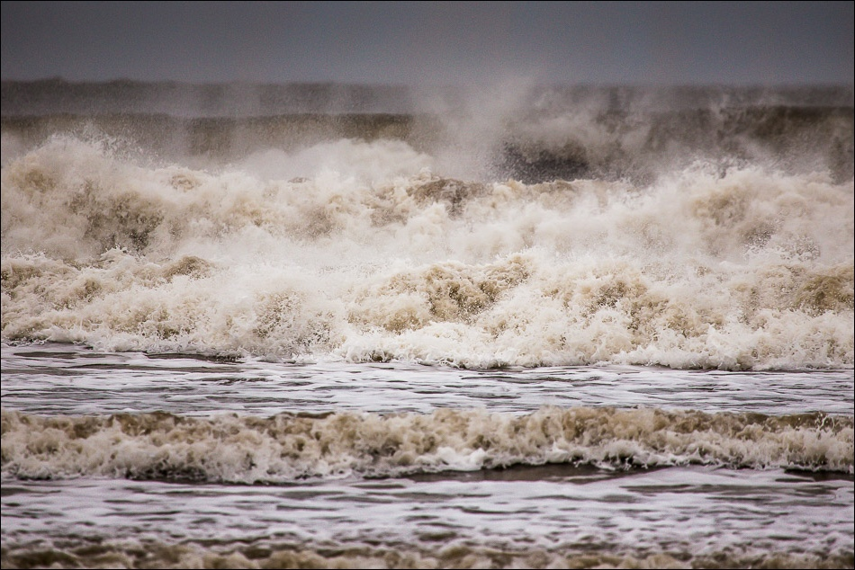 waves in North Bay Scarborough