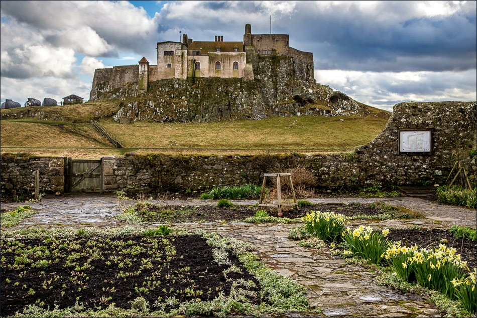 Gertrude Jekyll garden Lindisfarne Castle, Holy Island