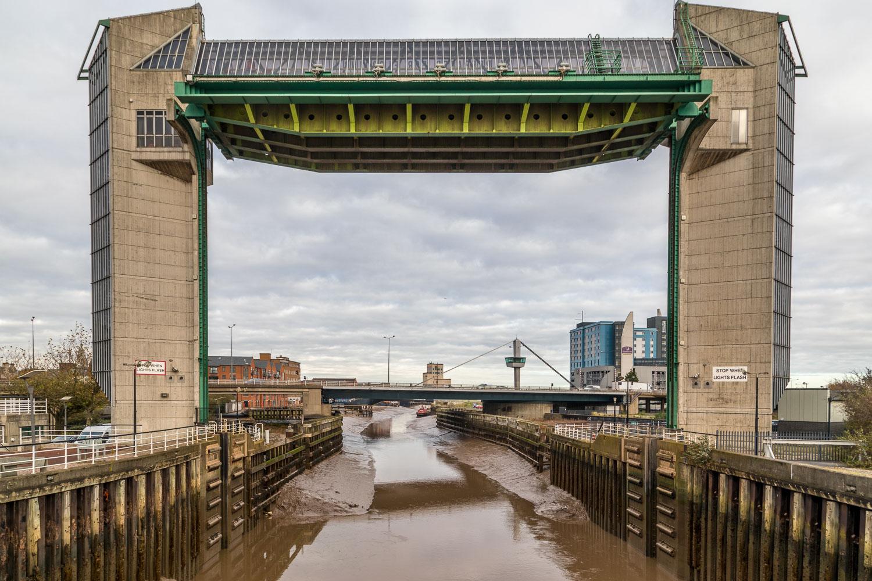 Hull Fish Trail, tidal surge barrier