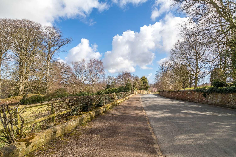 Alnwick, Hulne Park