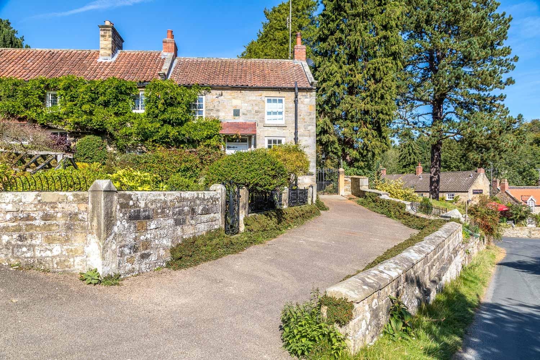 Hutton-le-Hole to Lastingham walk