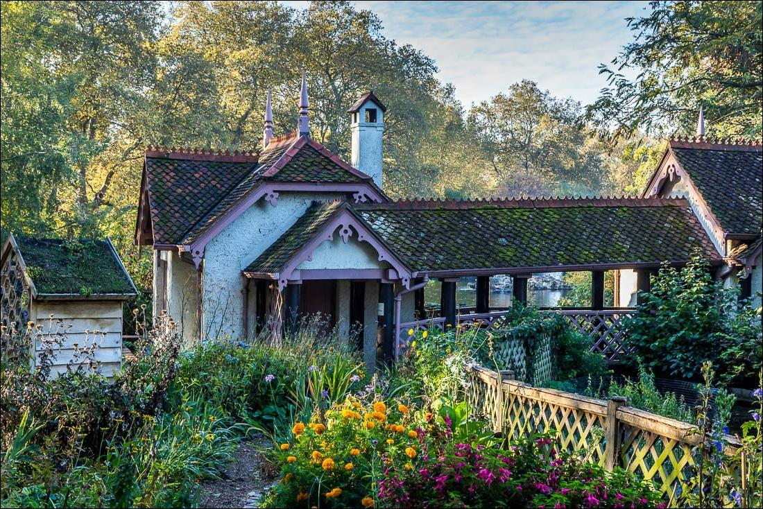 St James Park, Duck Island cottage