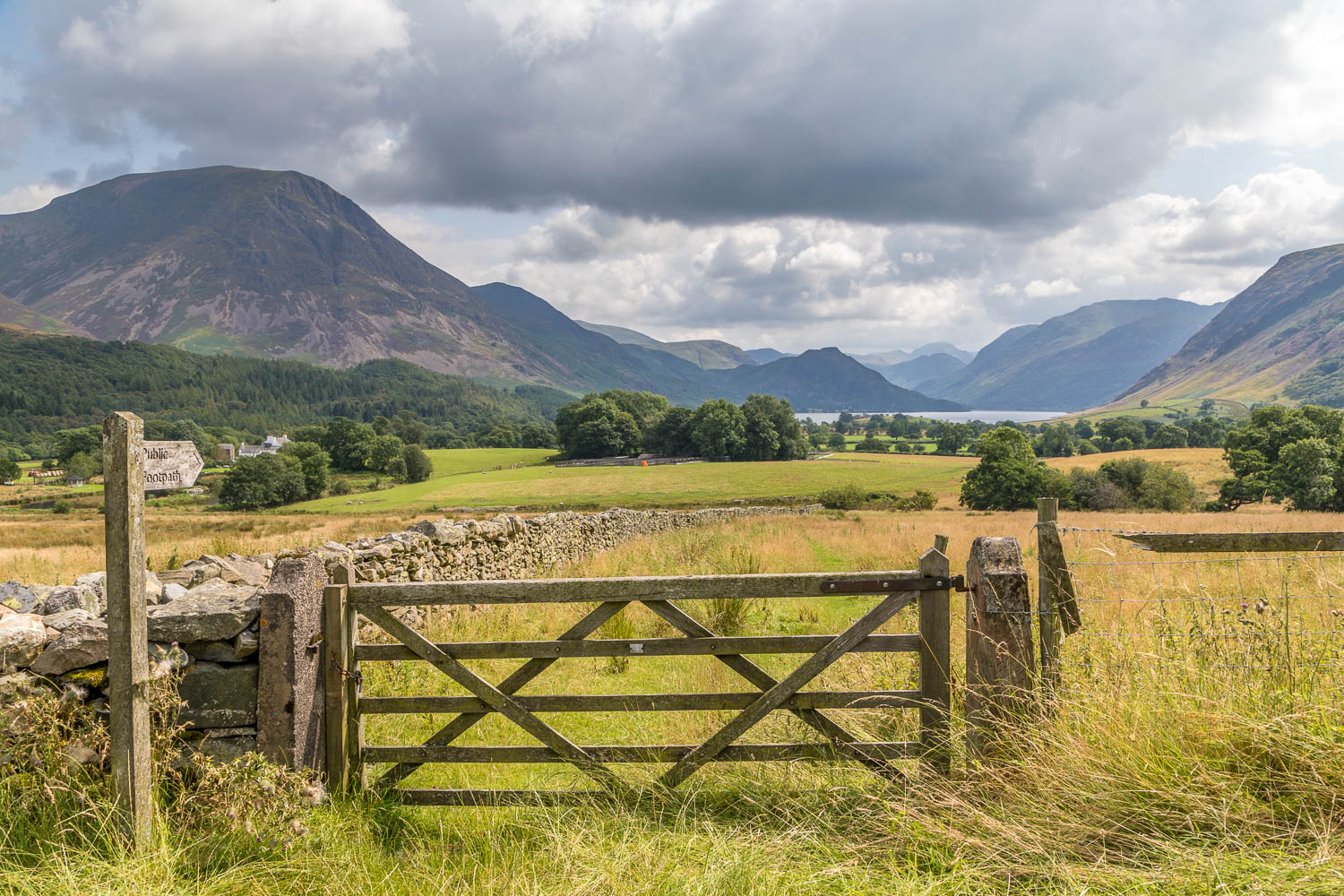 Low Fell walk, Thackthwaite road, Foulsyke view, Crummock Water Cottages