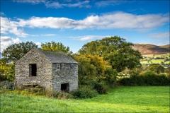 Old barn near High Lorton