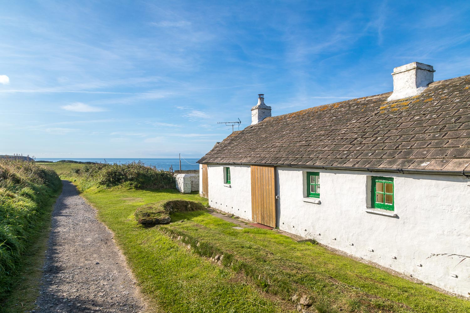 Marloes Peninsula walk, Green Mire cottage