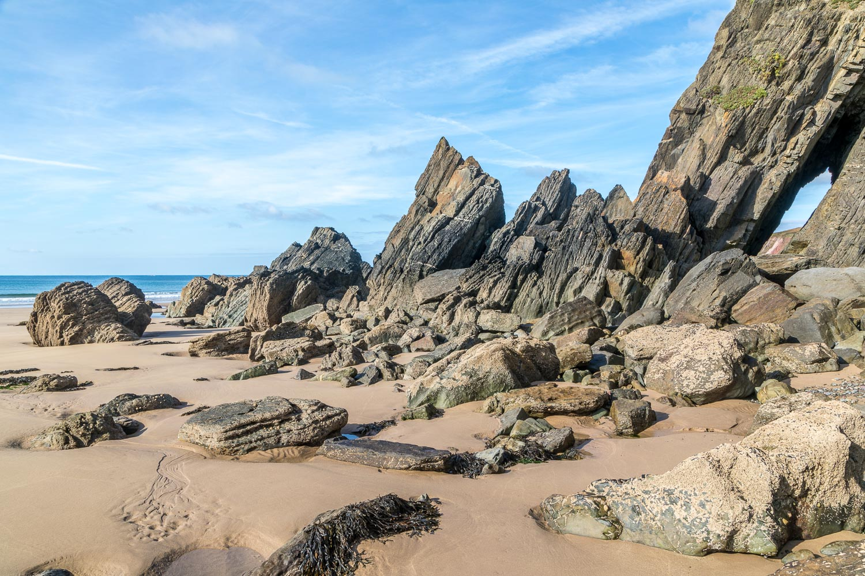 Marloes Sands, Raggle Rocks