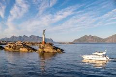 Ferry to Lofoten, Fisherman's Wife statue