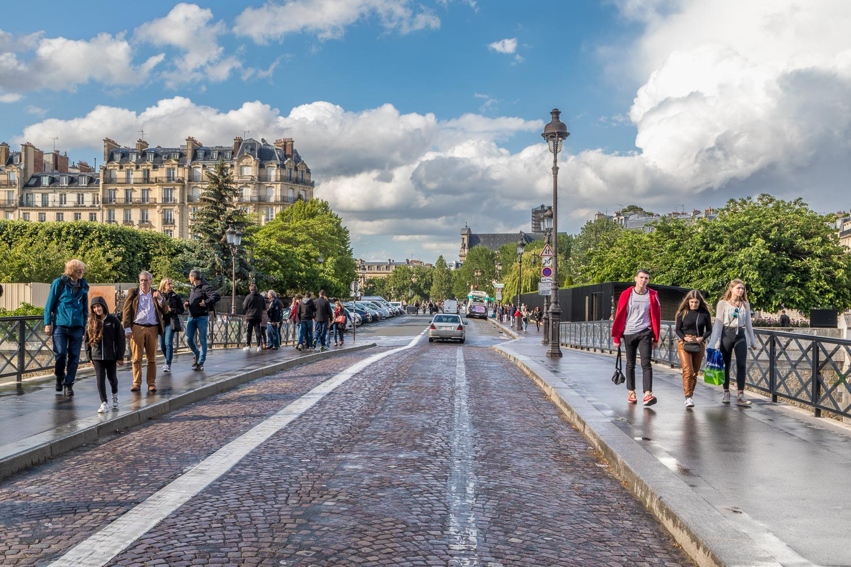 Pont de l'Archevêché (Archbishop's Bridge)