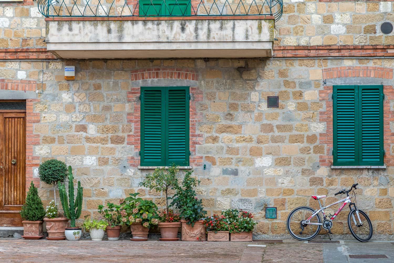 Pienza street scenes
