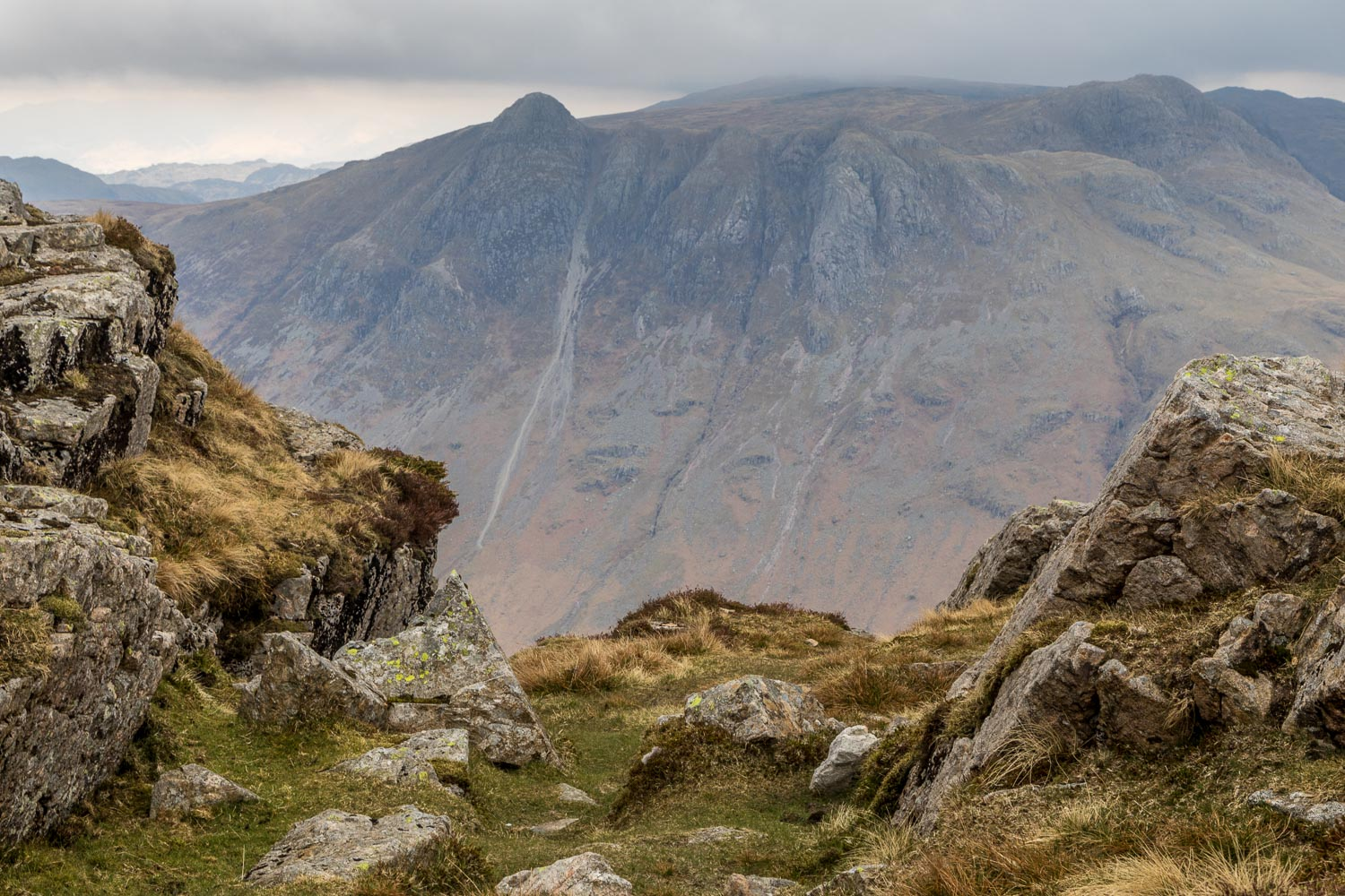 Langdale Pikes from Pike o'Blisco