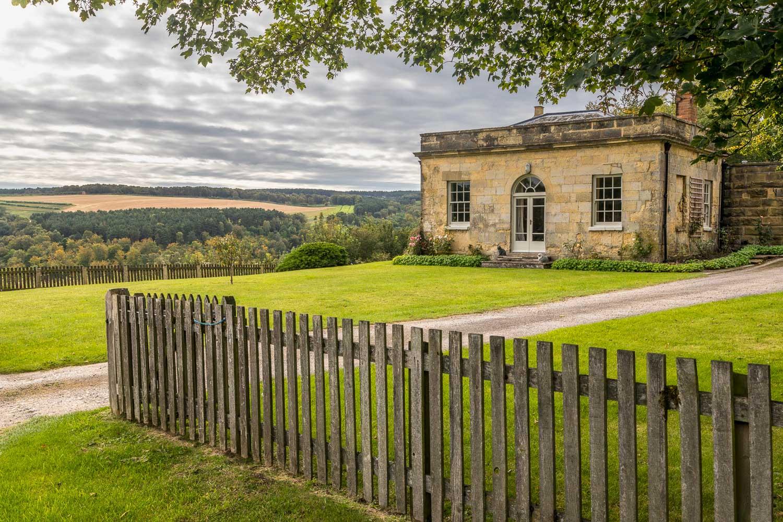 Rievaulx Abbey walk, Griff Lodge