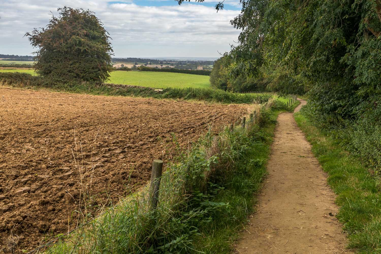 Rievaulx Abbey walk, Helmlsey Castle