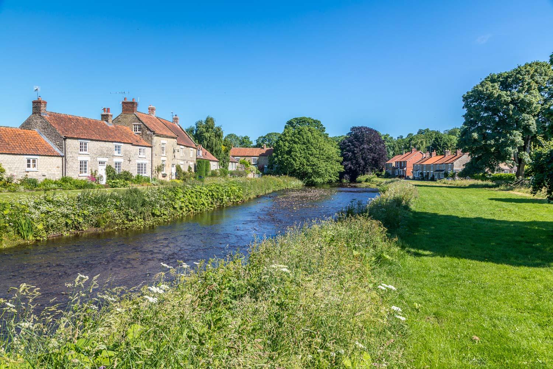 Sinnington walk, River Seven