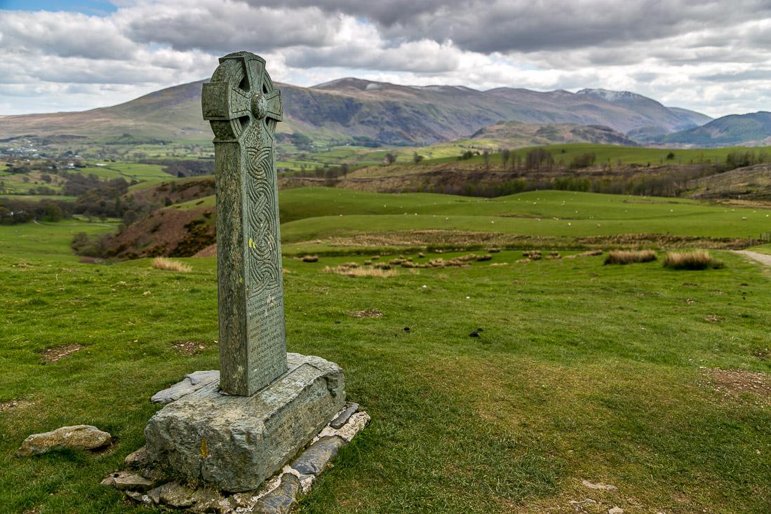 Skiddaw walk, Hawell monument