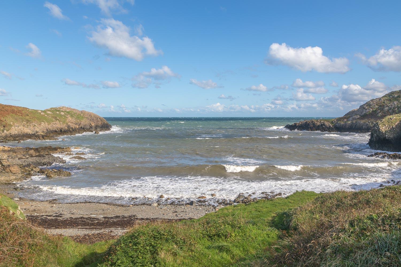 Strumble Head, Porthsychan beach