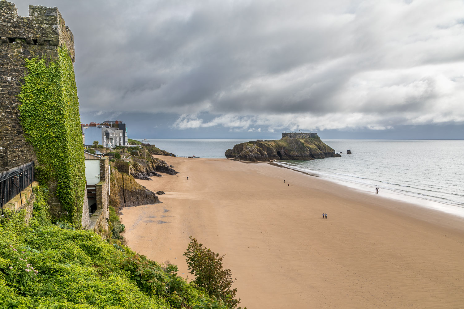 Tenby walk, St Catherines Island