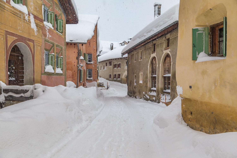 Guarda snow